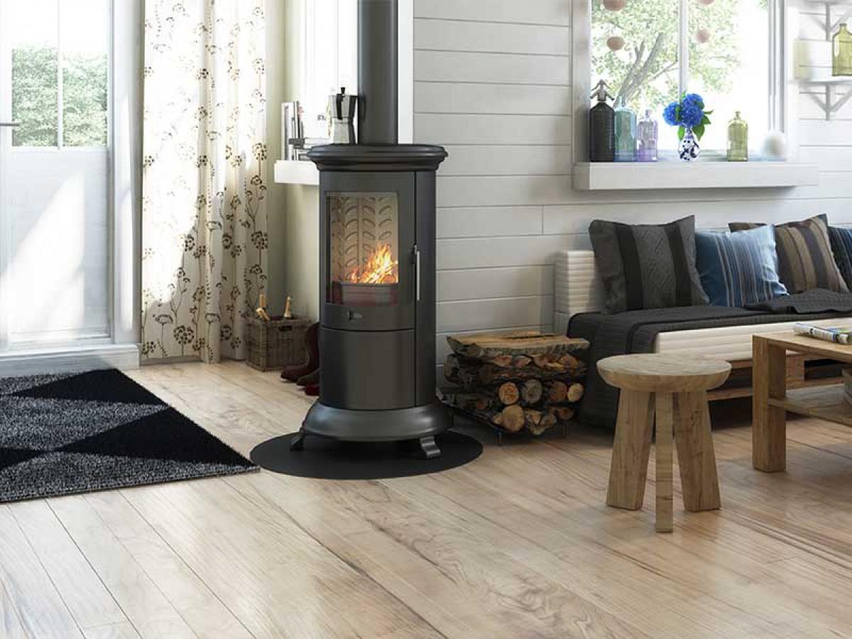 entreprise de couverture assure le ramonage de chemin e chartes. Black Bedroom Furniture Sets. Home Design Ideas